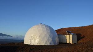 Laboratorio, jossa tutkijat selvittivät Mars-lennon ruokavalion vaatimuksia.