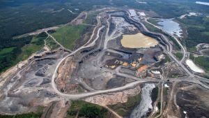 Talvivaaran kuusilammen kaivos kuvattuna kesäkuun 2013 alussa