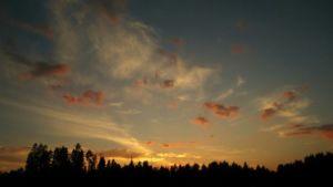 Aurinko painuu mailleen