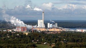 Metsä Fibren tehdas Lappeenrannan Pulpilla.