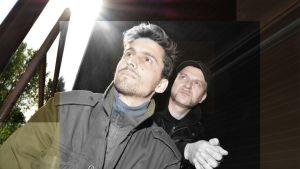 Elektronista musiikkia soittavan Aavikon jäsenet Paul Staufenbiel ja Tomi Kosonen