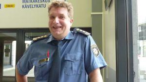 Laukaan paloaseman päällikkö Tapio Viitanen.