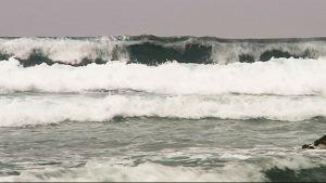 Atlantin aaltoja Portugalin länsirannikolla Penichen kaupungissa.