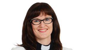 Karjasillan kappalainen Satu Saarinen valittiin 29.9.2013 Oulujoen seurakunnan kirkkoherraksi.