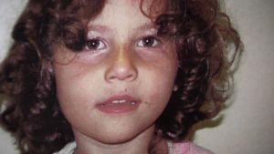Neljävuotias Lana-tyttö on joutunut pietarilaiseen lastenkotiin.