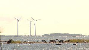 Tuulimyllyjä Kristiinankaupungin edustalla