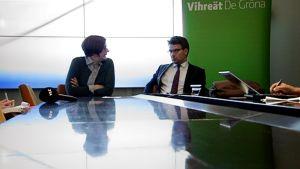 Heidi Hautala ja Ville Niinistö vihreiden puoluevaltuuskunnan kokouksessa Porvoossa syyskuussa.