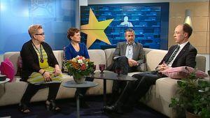 Aamu-tv:n vieraina Sirpa Pietikäinen, Anneli Jäätteenmäki ja Jussi Halla-aho 14. lokakuuta 2013.