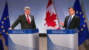 Stephen Harper ja Jose Manuel Barroso