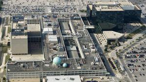 Yhdysvaltain kansallinen turvallisuusvirasto (National Security Agency - NSA) kuvattuna ilmasta Fort Meadessa, Marylandissä vuonna 2006.