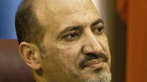 Syyrian kansallisen koalition puheenjohtaja Ahmad Jarba Arabiliiton hätäkokouksessa Kairossa 3. marraskuuta 2013.
