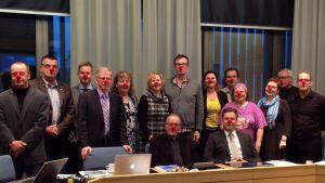 Lappeenrannan kaupunginhallitus sai nuorisovaltuustolta Nenäpäivähaasteen ja nenät!