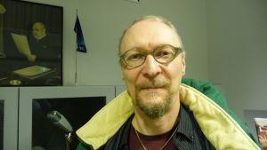 Kitaristi Juha Björninen kuvassa