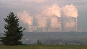 Belchatowin hiilivoimala Puolassa on Euroopan suurin yksittäinen hiilidioksidin päästölähde.