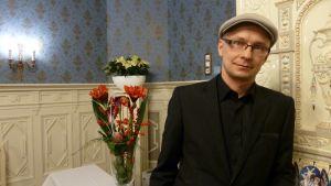 Oululainen Mika Ronkainen sai taidetoimikunnan tämän vuoden taiteilijapalkinnon.