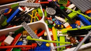 Legoja rasiassa