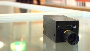 Hyperspektrikameran tutkimuskäyttöön tarkoitettu prototyyppi.
