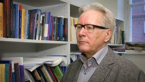 Aalto-yliopiston professori Heikki Niskakangas.