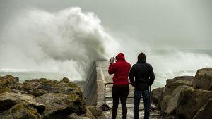 Näkymä merelle Esquibienissa, Länsi-Ranskassa, 23. joulukuuta.