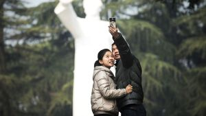 Tuhannet vierailivat Mao Tsetungin kotikaupungissa Kiinan Shaosanissa 25. joulukuuta.