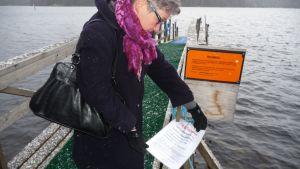 Savonlinnan sivistyslautakunnan puheenjohtaja Anne Otranen-Silvennoinen.