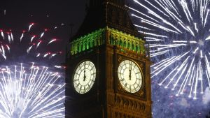 Big Ben löi vuoden 2013 viimeiset sekunnit lähettäen ilmaan 12 000 erilaista rakettia.