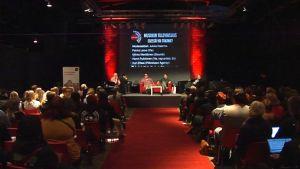 Keskustelutilaisuus musiikin ja musiikkialan tulevaisuudesta keräsi salin täyteen kiinnostuneita Seinäjoen MARS-tapahtumassa.