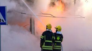 Tulipalo Rautjärvi Simpele palo sammutus palomies pelastuslaitos