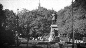 Esplanadin puisto kesäaikaan 1950-luvulla.