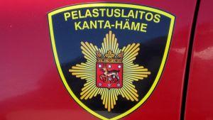 Kanta-Hämeen pelastuslaitoksen vaakuna