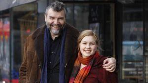 Kirjailija Kauko Röyhkä ja näyttelijä Lotta Vaattovaara
