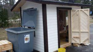 Maskun Hemmingin koulun oppilaiden rakentama sauna.
