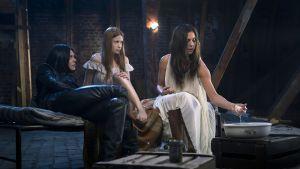Sara Soulié, Rebecca Viitala ja Manuela Bosco sarjassa Nymfit.