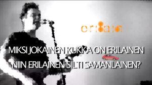 Kuvakaappaus Jukka Takalon Jokainen on vähän homo -kappaleen musiikkivideosta