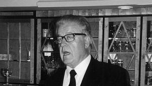 Tampereen teatterin entinen johtaja, teatterineuvos Rauli Lehtonen
