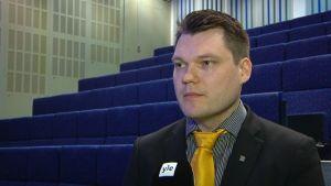 Mikko Savola kansanedustaja