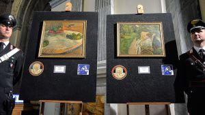 Taulut: Paul Gauguin Hedelmiä pöydällä tai pieni koira ja Pierre Bonnardin Nainen ja kaksi tuolia