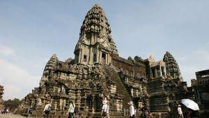 Angkor Wat temppeli kambodjassa.