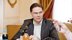 Pääministeri Jyrki Katainen Ylen Pääministerin haastattelutunnilla Kesärannassa Helsingissä.