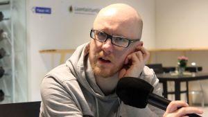 Mikko Maasola suorassa lähetyksessä Viitasaarelta.