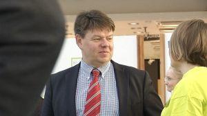 Ilmatieteen laitoksen pääjohtaja Petteri Taalas