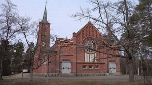 Kylmäkosken kirkko ulkoa.
