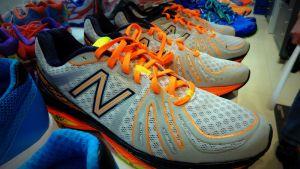 Lenkkikengät, lenkkarit, juoksu, juokseminen, urheilu