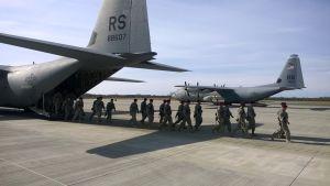 Yhdysvaltalainen laskuvarjojääkärikomppania saapui Viron Ämarin lentotukikohtaan 28. huhtikuuta 2014.