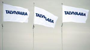 Talvivaaran kaivoksen Talvivaara-lippuja Sotkamossa.