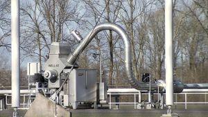 Maakaasun pumppausasema Hollannin pohjoisosassa.
