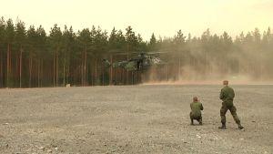 sotilashelikopteri