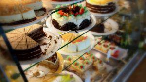 """Syömishäiriöissä ruokaan liittyvät ajatukset ovat pakkomielteisiä ja """"vääristyneitä"""""""