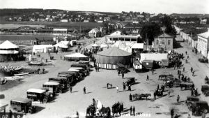 Tivoli Hämeenlinnan Rantatorilla 1930-luvulla