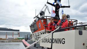 SPR:n ensivastetoiminta päivystää kesän Saaristomerellä ABSO-veneen kanssa.